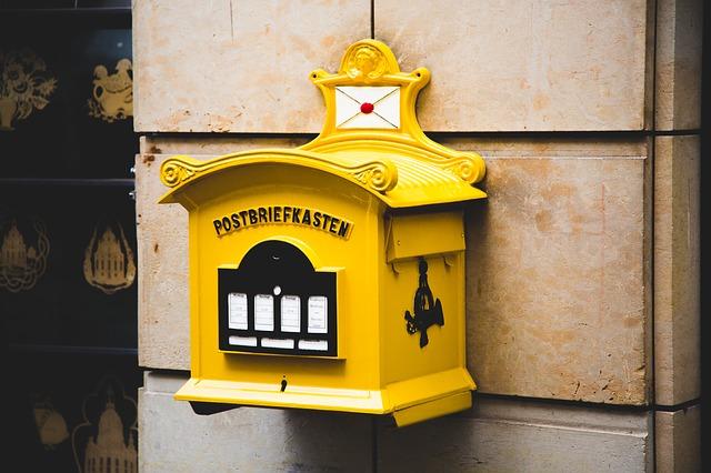 Sárga postaláda, házhozszállítás - Kézzel készített baba-mama kiegészítők, ajándékok - Baby Chameleon